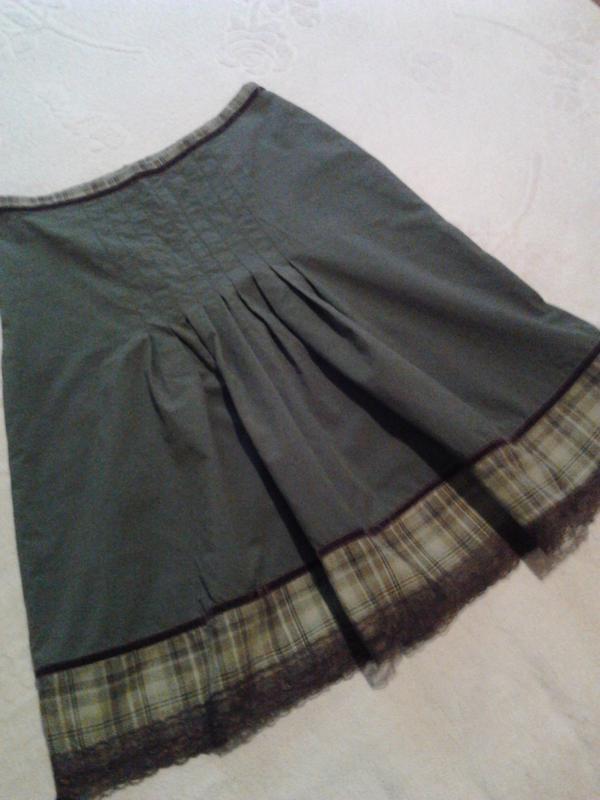 Летняя юбка цвета хакки
