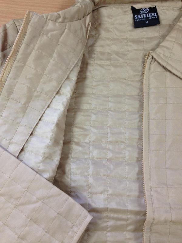 Куртка ветровка пиджак жакет стеганая плащевка беж на замке / м - Фото 5
