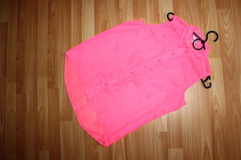 Блуза рубашка без рукавов неоновый розовый - Фото 5