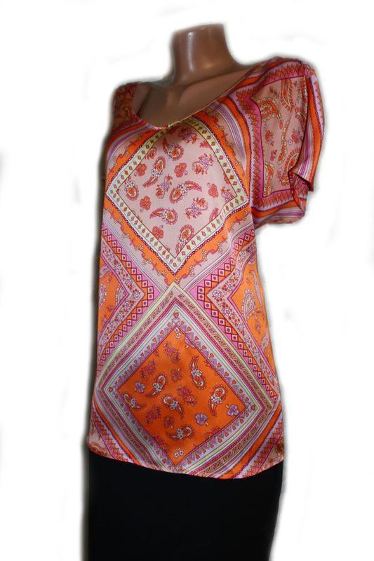 Блуза под атлас в бледно-оранжевые тур.огурцы и ромбы, daxon, ... - Фото 2