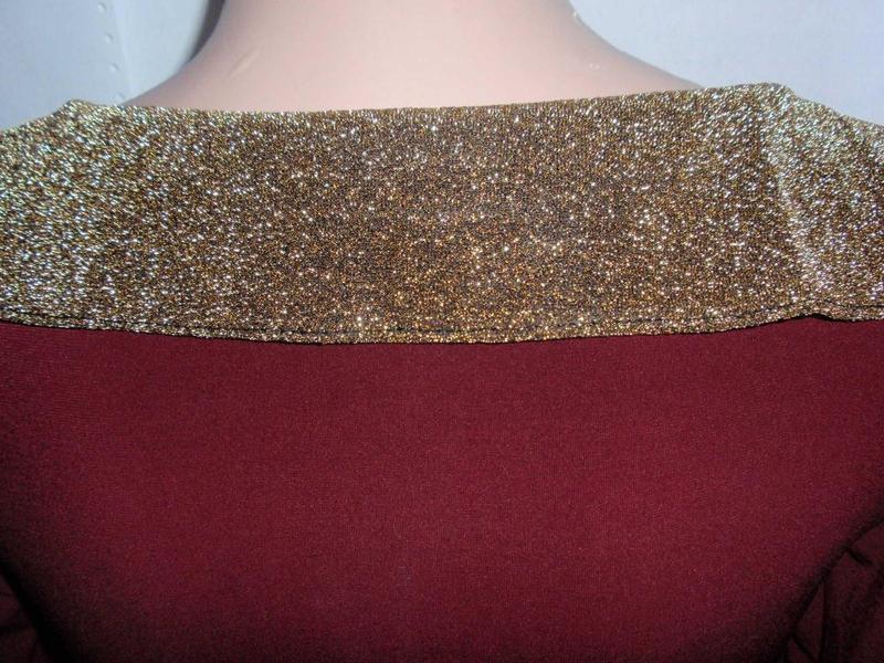 Стильная красивая блуза кофточка с золотыми манжетами и воротом - Фото 5