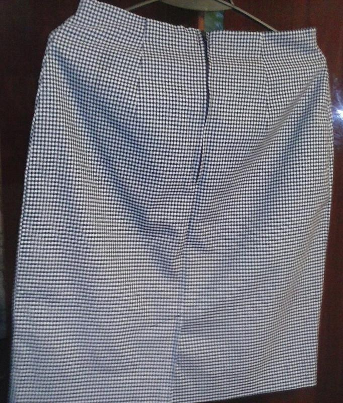 Классная стильная юбочка 44-46р.