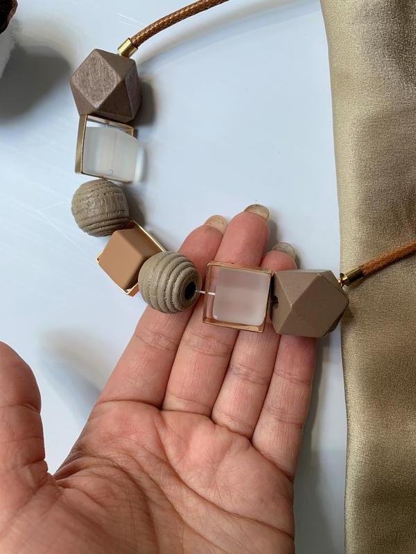 Красивое колье ожерелье бусы из крупных геометрических бусин - Фото 4
