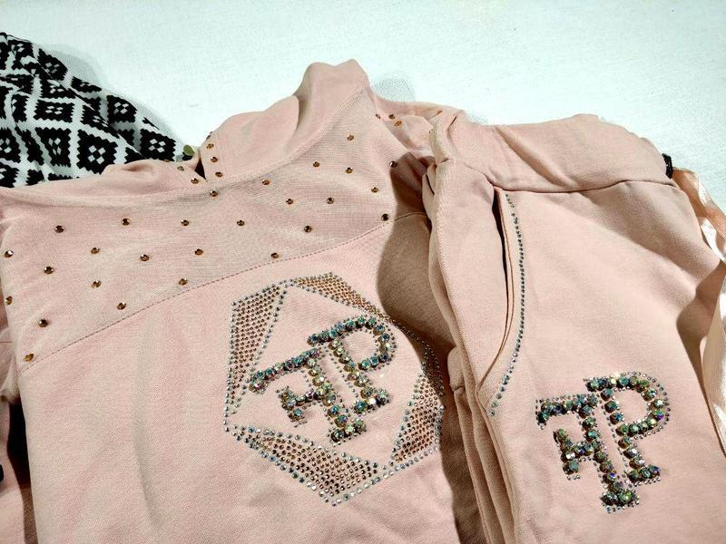 Спортивный костюм кофта + штаны с камнями и сеточкой - Фото 2