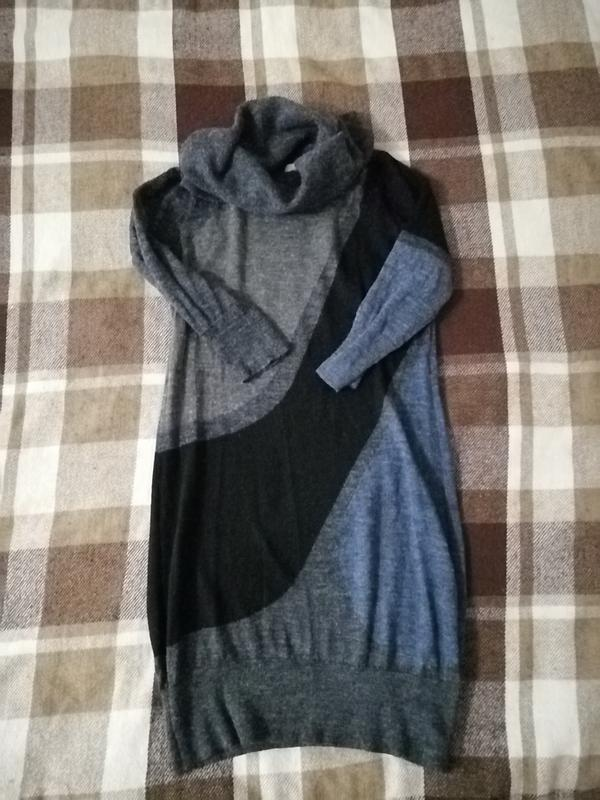 Платье теплое, 100% шерсть, воротник тонкий струящийся хомут