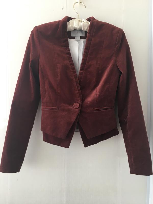 Стильный приталенный пиджак микрона вельвет цвет марсала - Фото 2