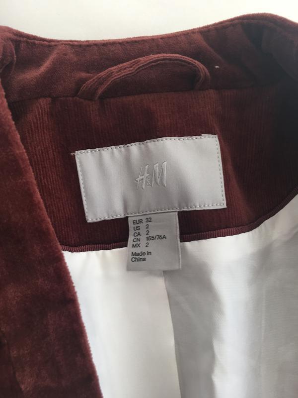 Стильный приталенный пиджак микрона вельвет цвет марсала - Фото 4