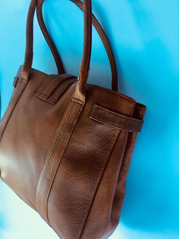 Практичная эффектная кожаная сумка, натуральная кожа, рыжая ко... - Фото 4