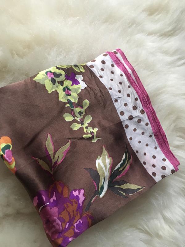 Яркий красочный шелковый платок, цветы горошки , шов роуль 87*87 - Фото 2
