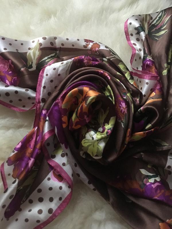 Яркий красочный шелковый платок, цветы горошки , шов роуль 87*87 - Фото 5