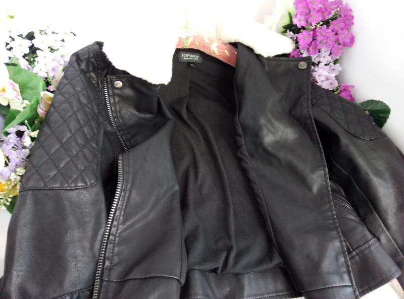 Эффектная модная курточка куртка косуха с мехом, плотная эко кожа - Фото 5