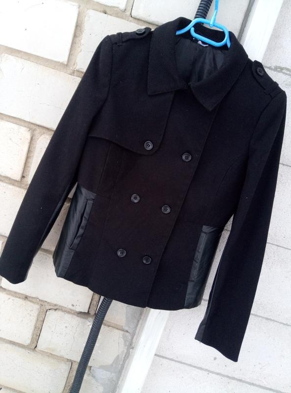 Красывая комбинированая курткас вставками 100%кожи раз. м - Фото 2
