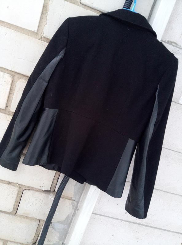 Красывая комбинированая курткас вставками 100%кожи раз. м - Фото 4