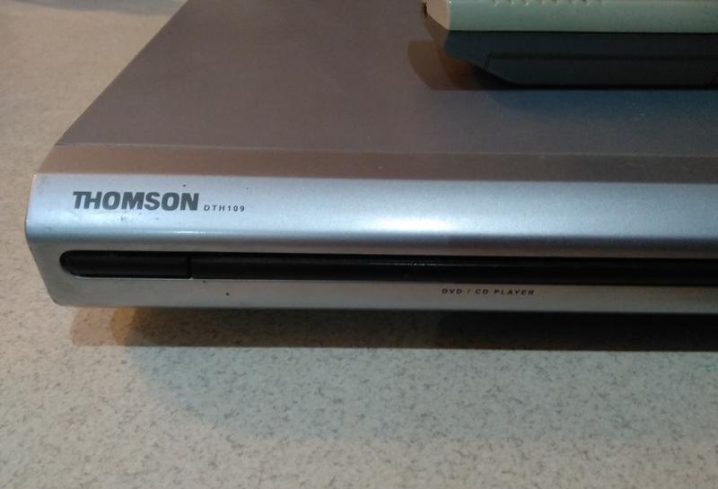 CD/DVD програвач THOMSON DTH109