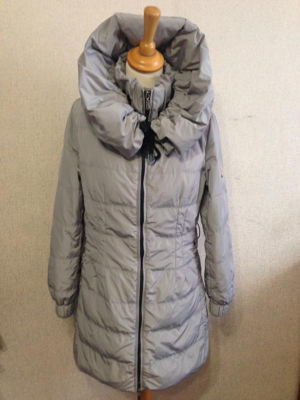 Куртка пуховик жен. moncler,р.s-m,капюшон-трансформер,оригинал