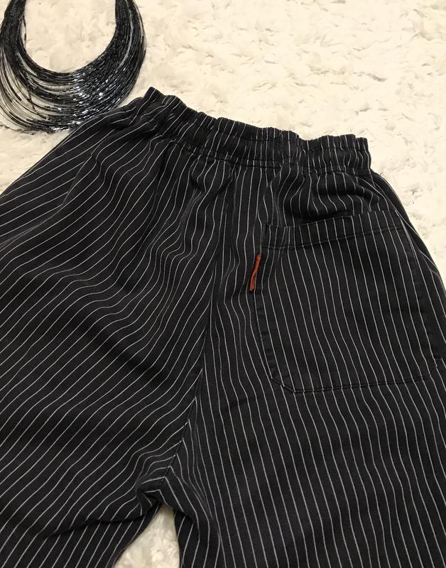 Брюки, джинсы в полоску бойфренды, завышенная талия, укороченные - Фото 3
