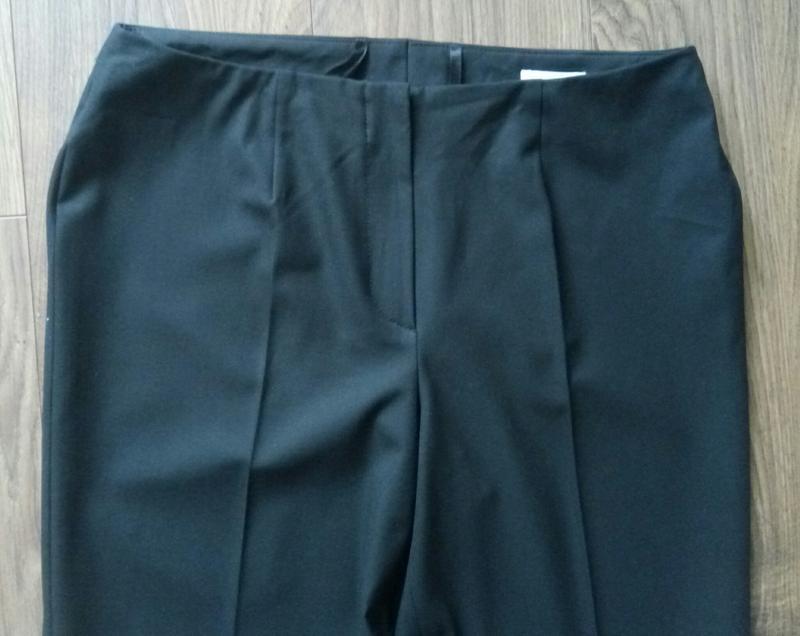 Актуальні фірмові чорні класичні брюки завишена талія укорочен... - Фото 4