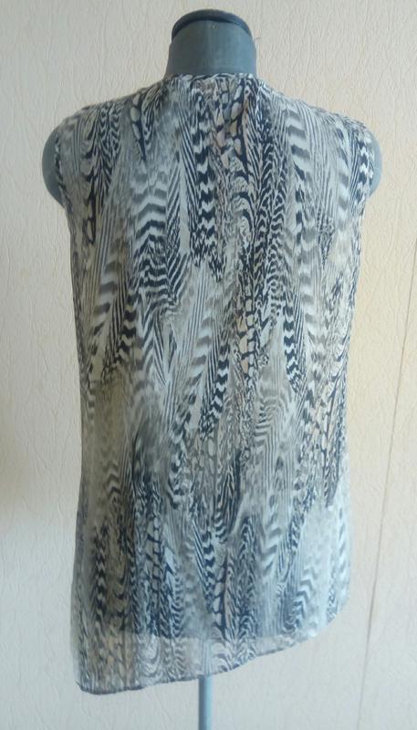 Фірмова шифонова тигрова асиметрична блузка безрукавка (wallis) - Фото 3