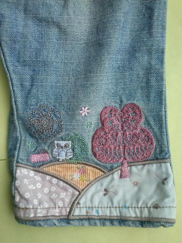 Весёлые джинсы с вышивкой - Фото 3
