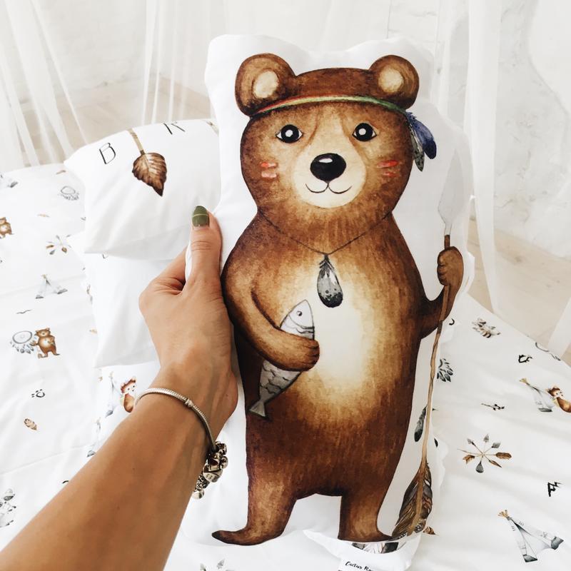 Подушка игрушка медведь индеец