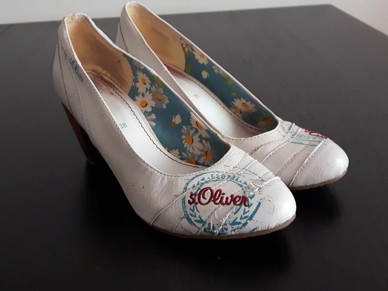 Кожаные туфли-лодочки s.oliver