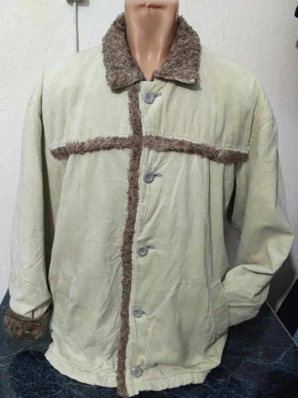 Вельветовая деми куртка размер м