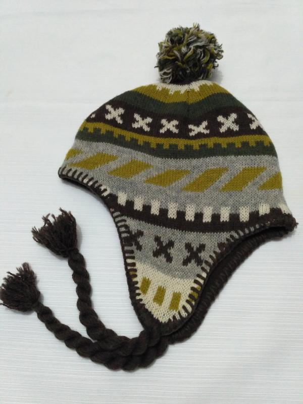 Шерстяная шапка h&m на флисовом подкладе на возраст 6-8 лет