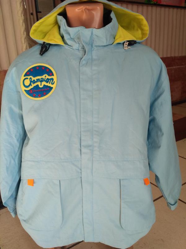 Демисезонная куртка champion с капюшоном на рост 160 см