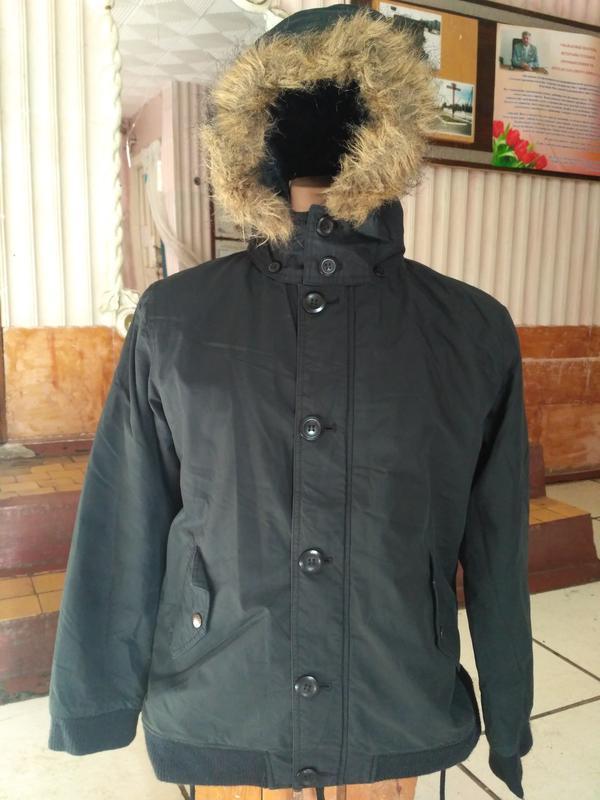 Демисезонная куртка размер м