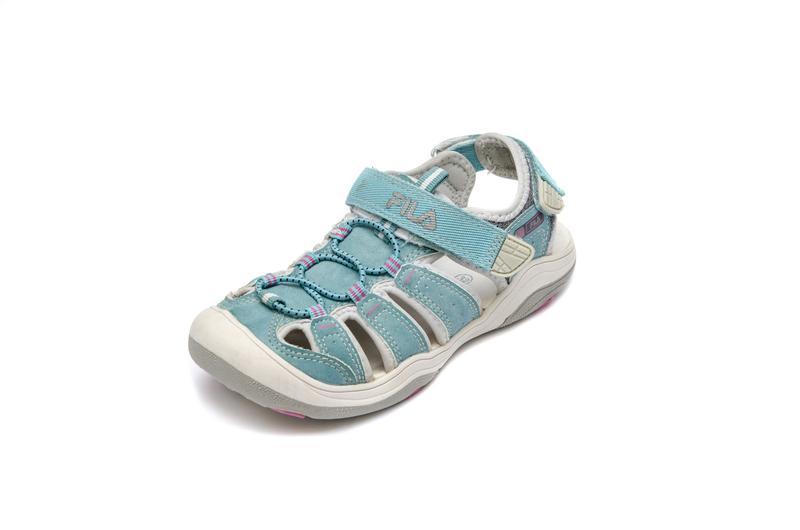 Закрытые сандалии Fila. Стелька 20, 5 см