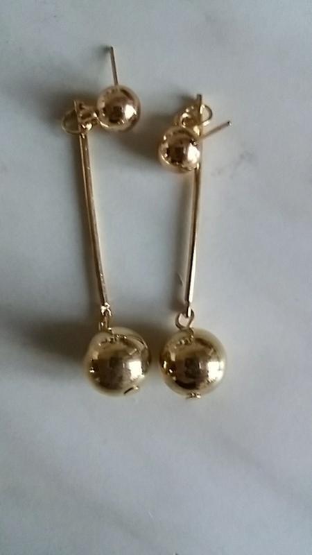 Длинные серьги золотистые шарики - Фото 5