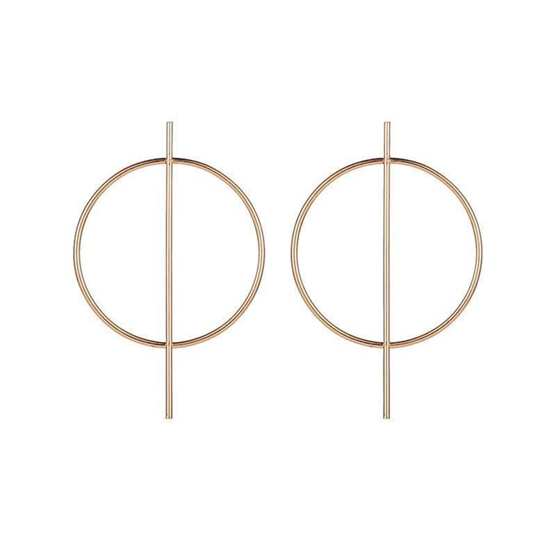 Серьги большие кольца золотистого цвета - Фото 2