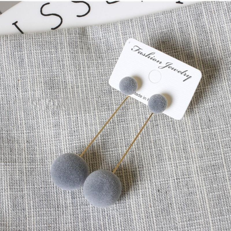 Длинные серьги серые помпоны 4 варианта ношения - Фото 3