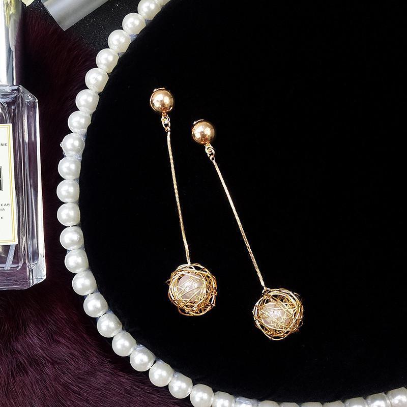 Длинные серьги золотистые жемчужинки - Фото 2