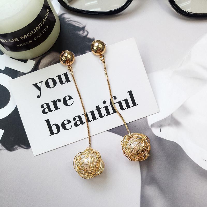 Длинные серьги золотистые жемчужинки - Фото 3