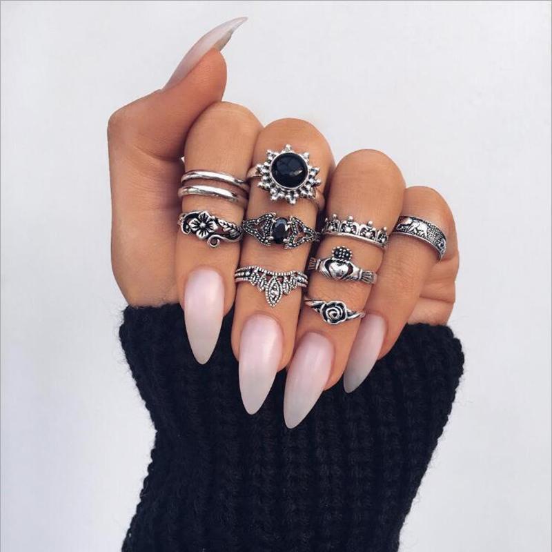 Набор колец 10 штук ( кольцо с черным камнем, корона, цветок, ...