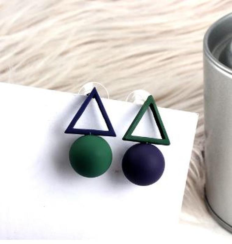 Асимметричные серьги треугольники сине-зеленого цвета