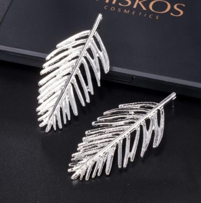 Длинные серьги серебристый листок - Фото 3