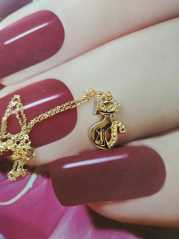 Цепочка ожерелье с подвеской кот золотистого цвета - Фото 2