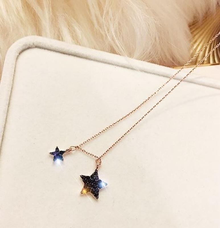 Набор украшений асимметричные серьги звезды и цепочка с подвеской - Фото 2