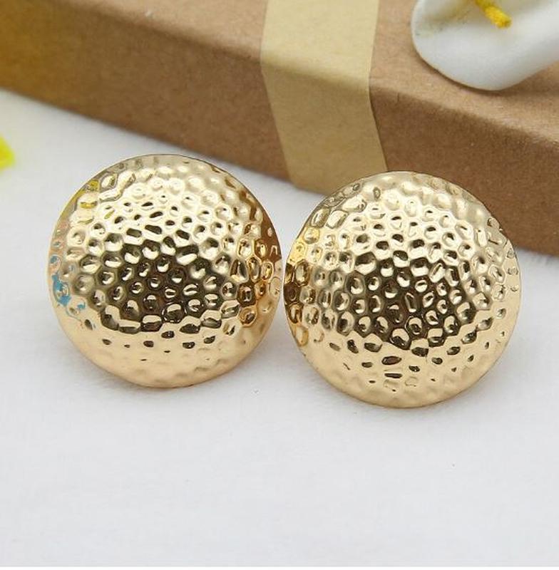 Большие серьги шары золотистого цвета - Фото 4