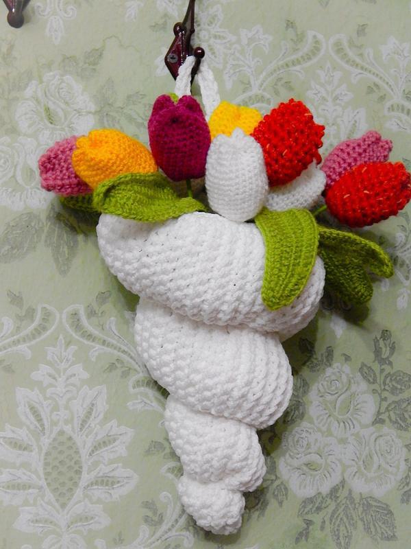 Акция! тюльпаны в подарок! белая вязаная ракушка-органайзер
