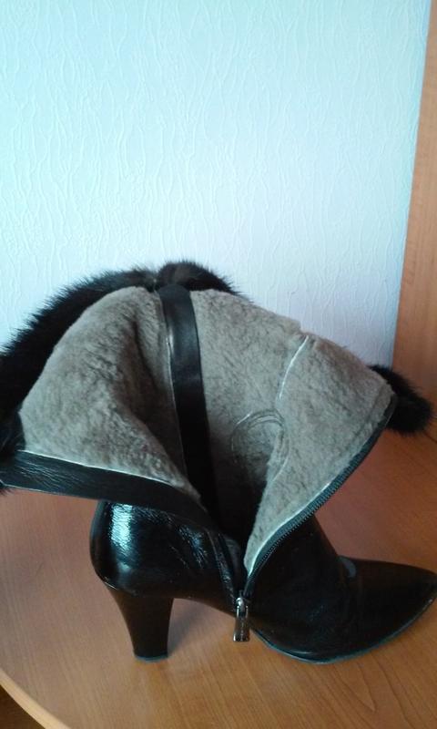 Италия черные зимние сапоги натуральная лак кожа норка утеплит... - Фото 3
