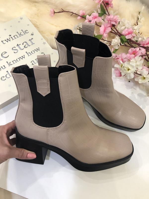 Удобные женские ботинки на толстом каблуке, сапоги осенние, - Фото 4