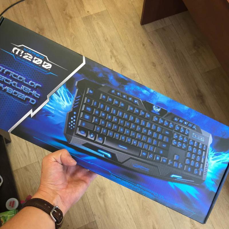 Игровая русская клавиатура с трехцветной подсветкой Gamer wireo - Фото 9