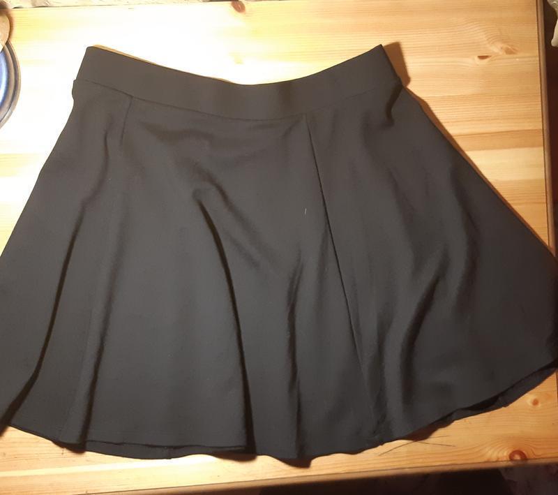 Трикотажная юбка- клеш
