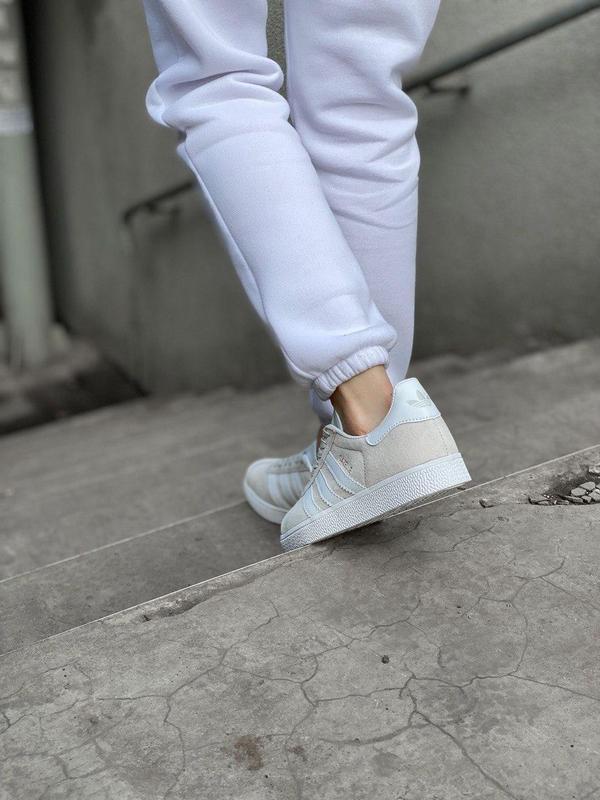 Женские кроссовки adidas gazelle grey - Фото 5