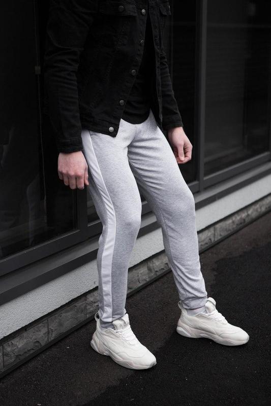 Мужские спортивные штаны серого цвета