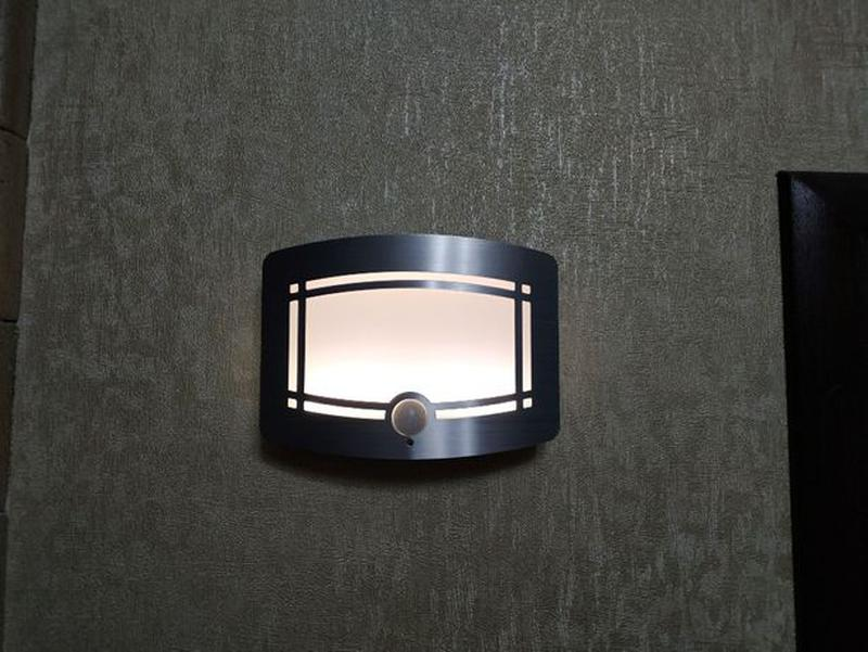 Светильник LED с датчиком движения PIR, освещенности, автономный. - Фото 3