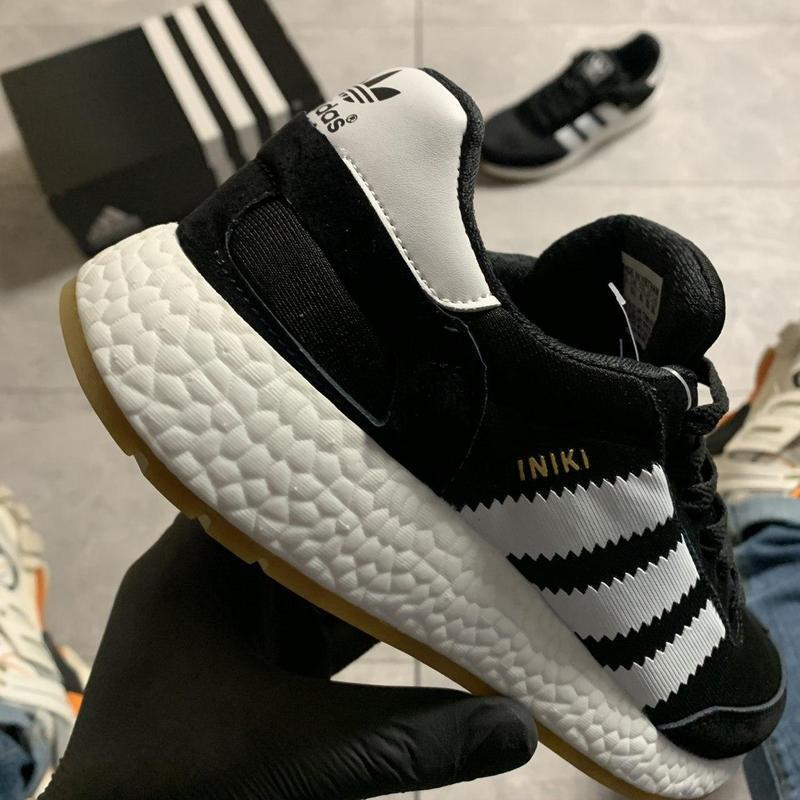 Adidas iniki black and white. - Фото 4